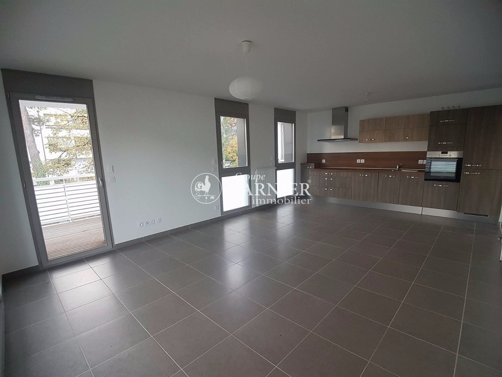 Annonce vente appartement gex 01170 69 m 348 000 for Location garage gex